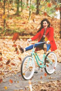 sarah vickers: biking through leaves